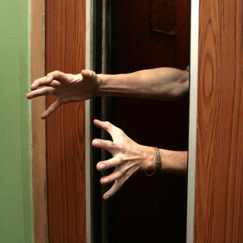 правила поведения в лифтах